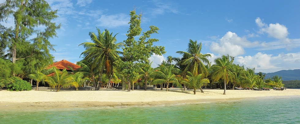 BEACHCOMBER SAINTE ANNE RESORT - Sainte Anne island